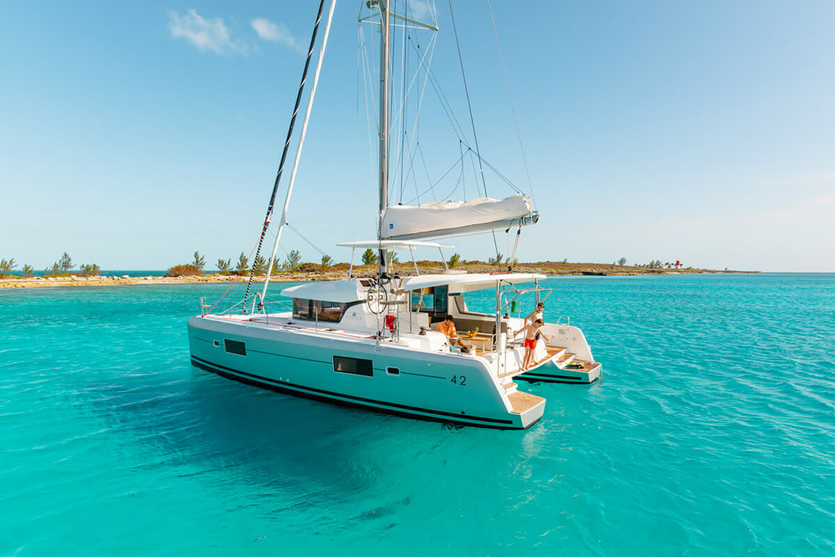 Conch Charters - Yacht Management